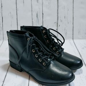 NWOB CALL IT SPRING Mireimma lace up booties